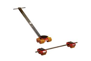 Klassisches Transportfahrwerk mit Verbindungsstange und Lenkwerke mit Drehteller