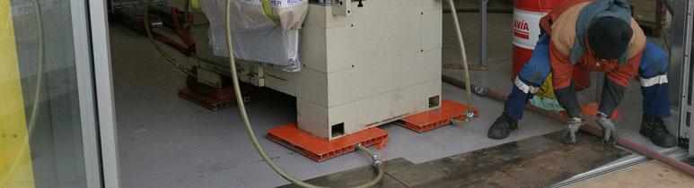 Spezialtransport auf Luftkissen zu Kran-LKW